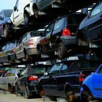 מגרש של מכוניות מפירוק